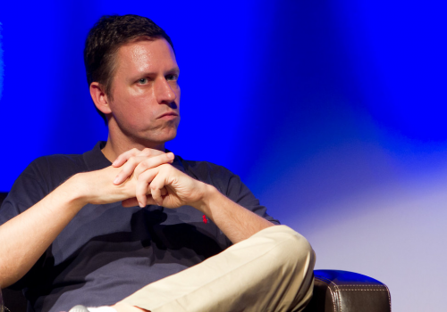 De Bitcoin koers zakt naar $ 62k en medeoprichter van PayPal zegt dat hij te weinig heeft geïnvesteerd in Bitcoin